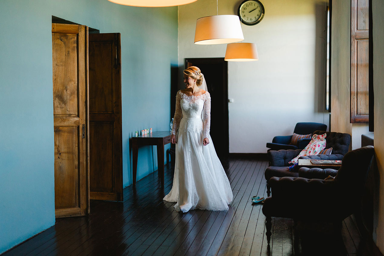 The bride at her Chateau Rigaud wedding in France - French wedding photographer