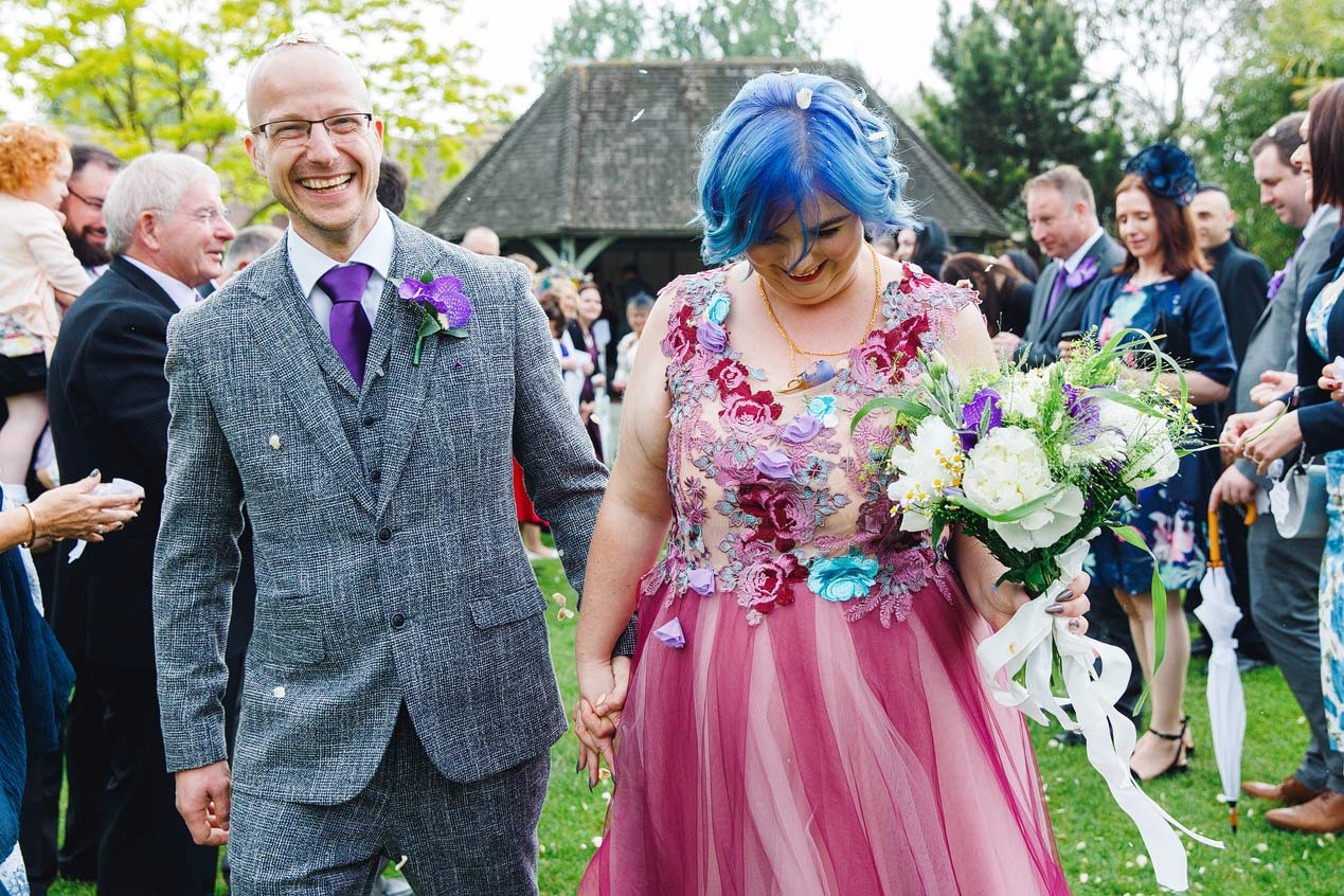 Kent wedding photographer confetti
