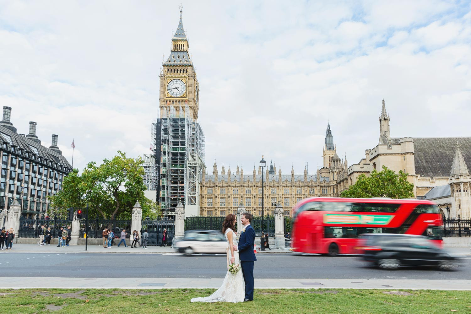 A couple get married at the House of Commons then pose outside Big Ben - London wedding photographer